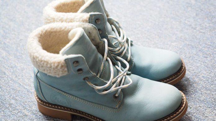 Women's-Winter-Boots-on-AmericasBestBlog