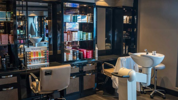 Top-Hair-Salon-Etiquettes-You-Need-to-Maintain-on-americasbestblog