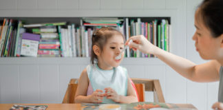 Some-Great-Tips-for-Parents-Regarding-Kids-&-Food-on-americasbestblog