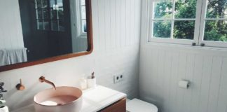 Smart-Ways-to-Use-Mirror-in-Your-Bathroom-to-Get-Space-on-americasbestblog